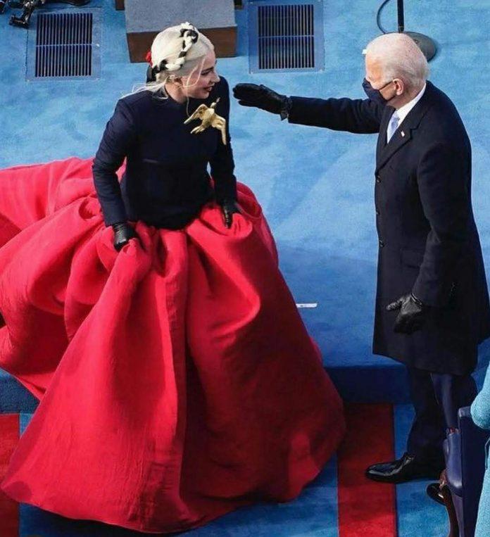 Lady Gaga en president Joe Biden